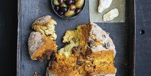 Sodabread met vijgen en walnoten recept Rutger van den Broek