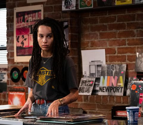 "high fidelity    top five heartbreaks   episode 101    after a first date gone wrong with clyde, a ""nice guy,"" record store owner rob brooks recounts her top five heartbreaks and a recent emotional run in with her past   robyn zoë kravitz, shown photo by phillip carusohulu"