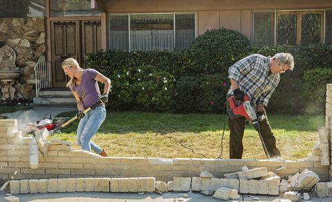 "HGTV ""A Very Brady Renovation"" Behind-the-Scenes Episodes with """"A Very Brady Renovation: Behind the Build"""