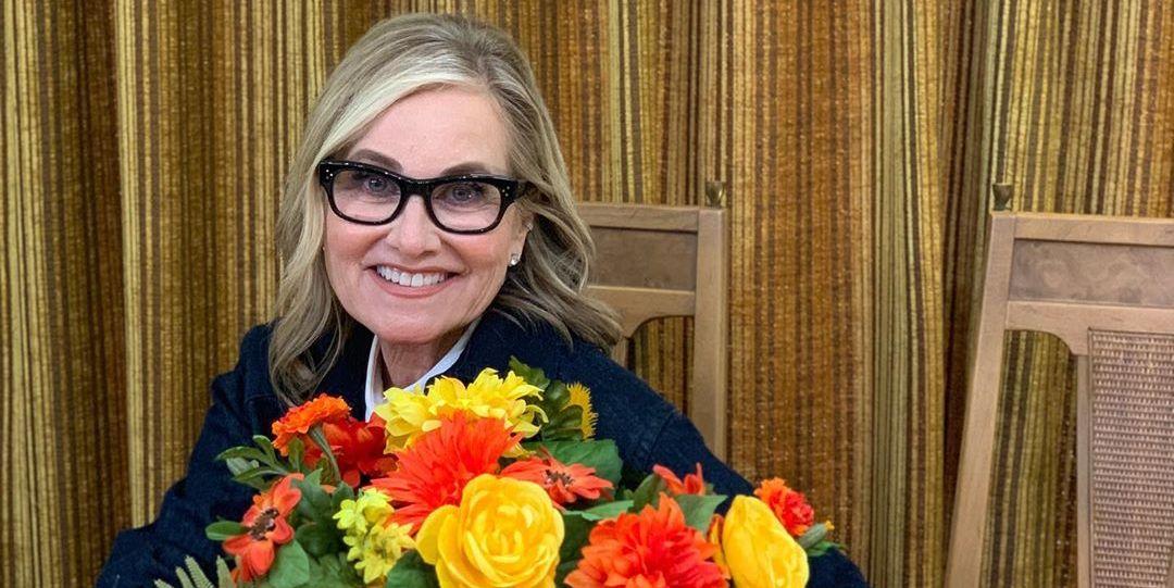 White House Christmas 2019.Maureen Mccormick Alison Victoria Co Host Hgtv S White