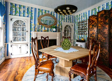 Room, Property, Interior design, Dining room, Furniture, Ceiling, Building, House, Home, Table,