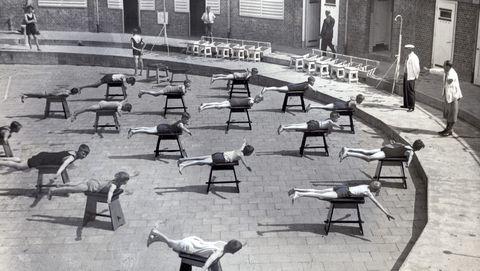Zwemlessen waren vroeger minder gebruikelijk dan nu