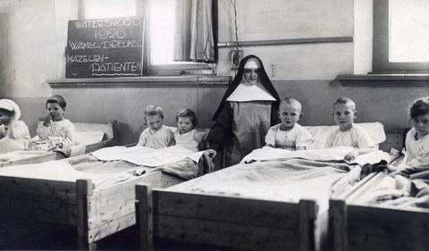 Mazelen zijn geen onschuldige kinderziekte, in de jaren 30 kon het virus nog gruwelijk hard toeslaan.
