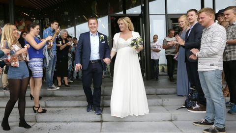 Een huwelijksvoltrekking in een gemeentehuis is voor iedereen toegankelijk