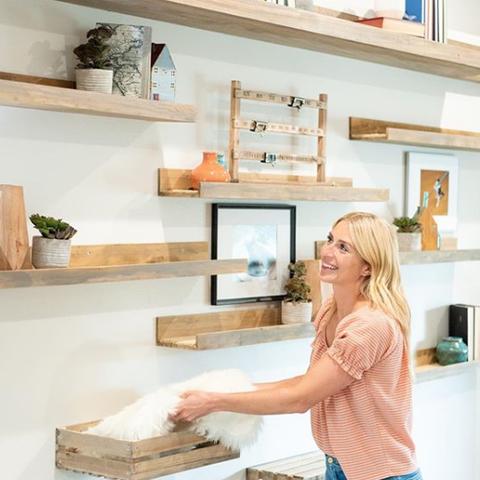 """""""Hidden Potential"""" Jasmine Roth Builds Cat Shelves Instagram"""