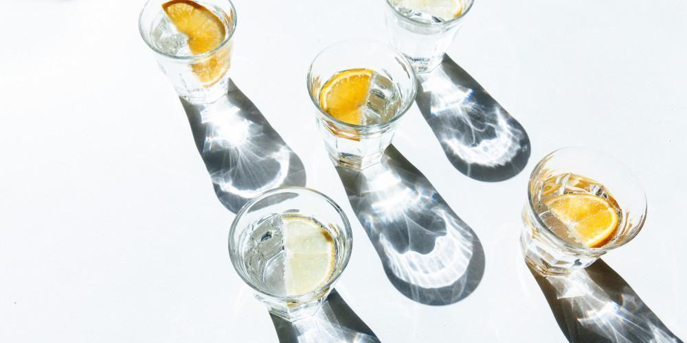 Sassy water helpt tegen een opgeblazen buik