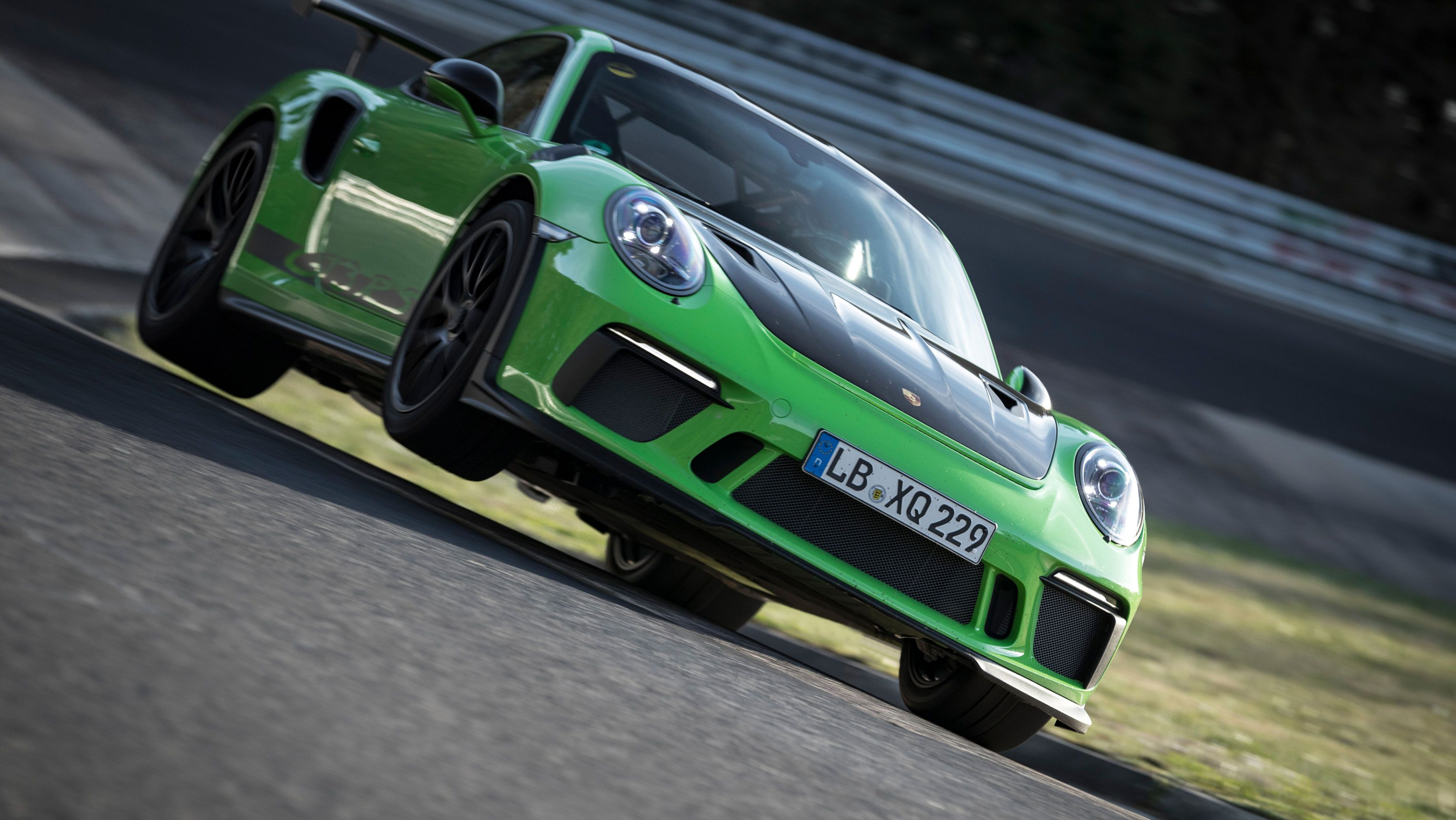 The 2019 Porsche 911 Gt3 Rs Just Ran A 6 56 4 At Nurburgring