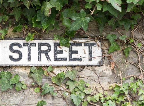 High Street sign in England