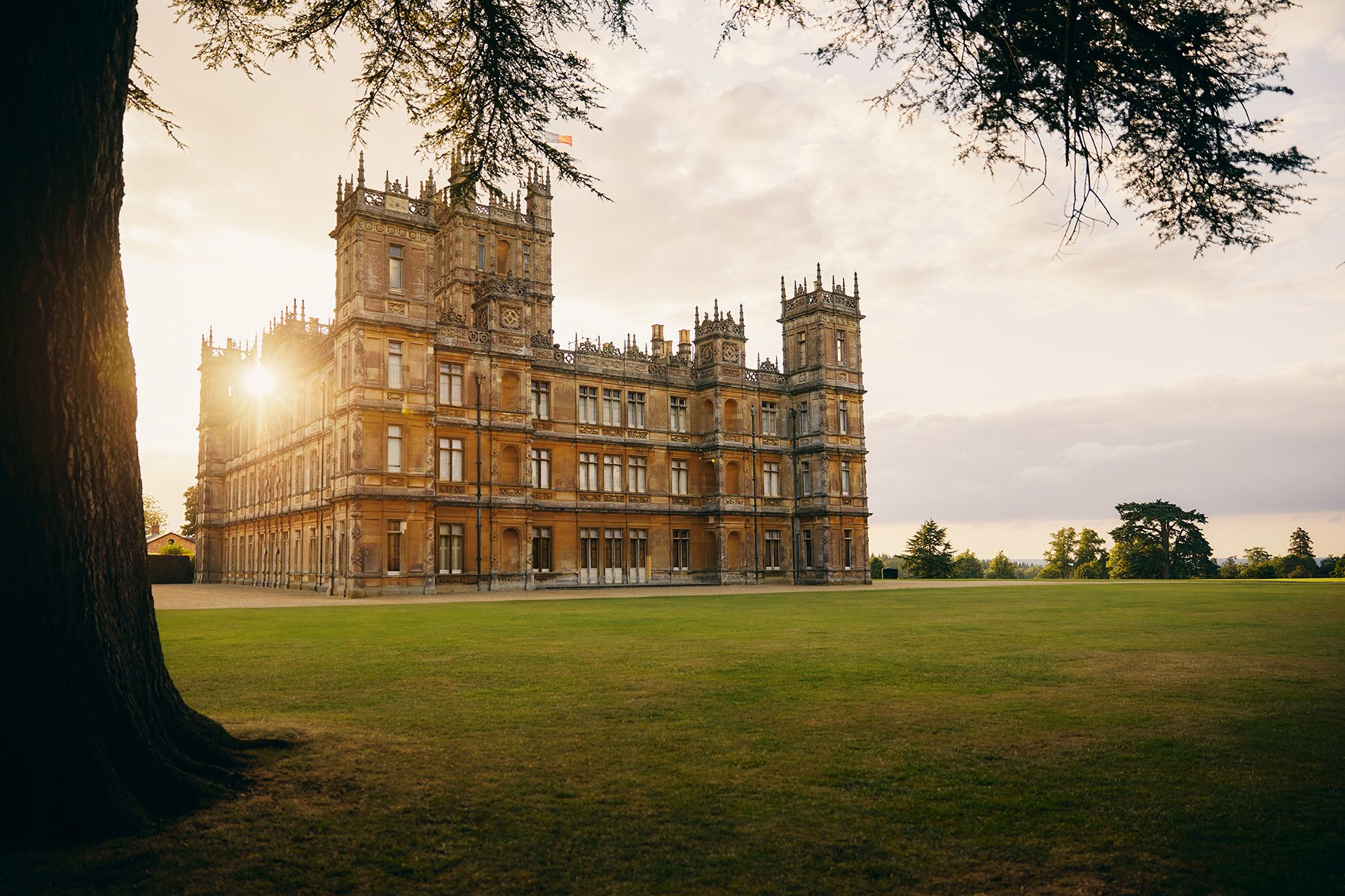 Highclere Castle, the Real-Life Downton Abbey, Is Available to Book for One Night Only on Airbnb