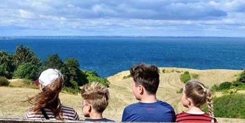 Los hijos de los Príncipes de Dinamarca en una fotografía durante sus vacaciones estivales
