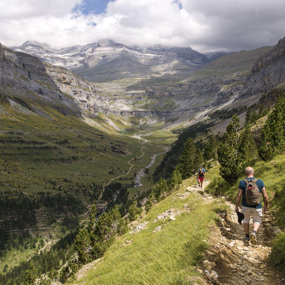 Las mejores (y más espectaculares) rutas de trail running en España para este verano