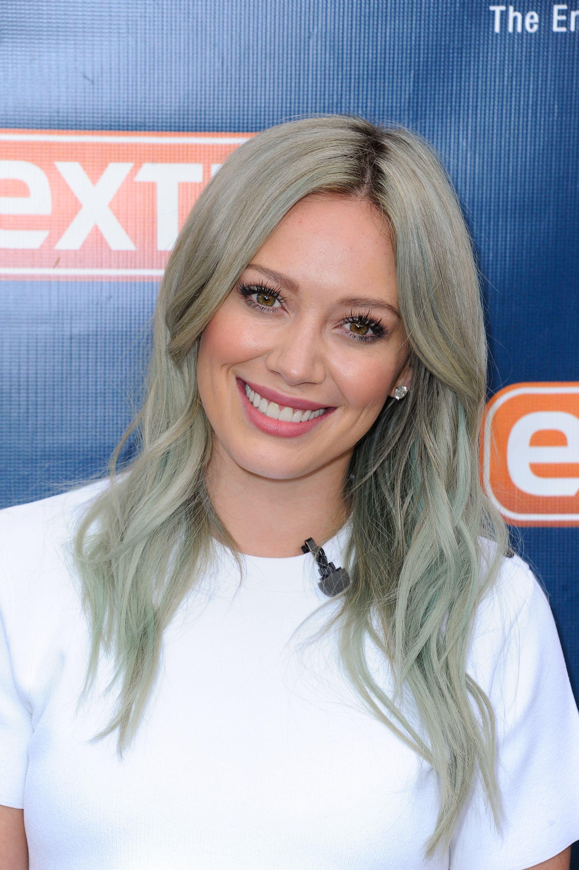 30 Best Gray Hair Styles 2020