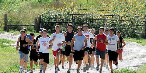 teens on group run