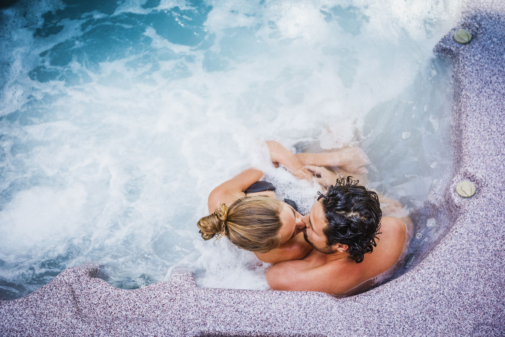 8 Hot Tub Sex Positions That Won't Give Her a UTI