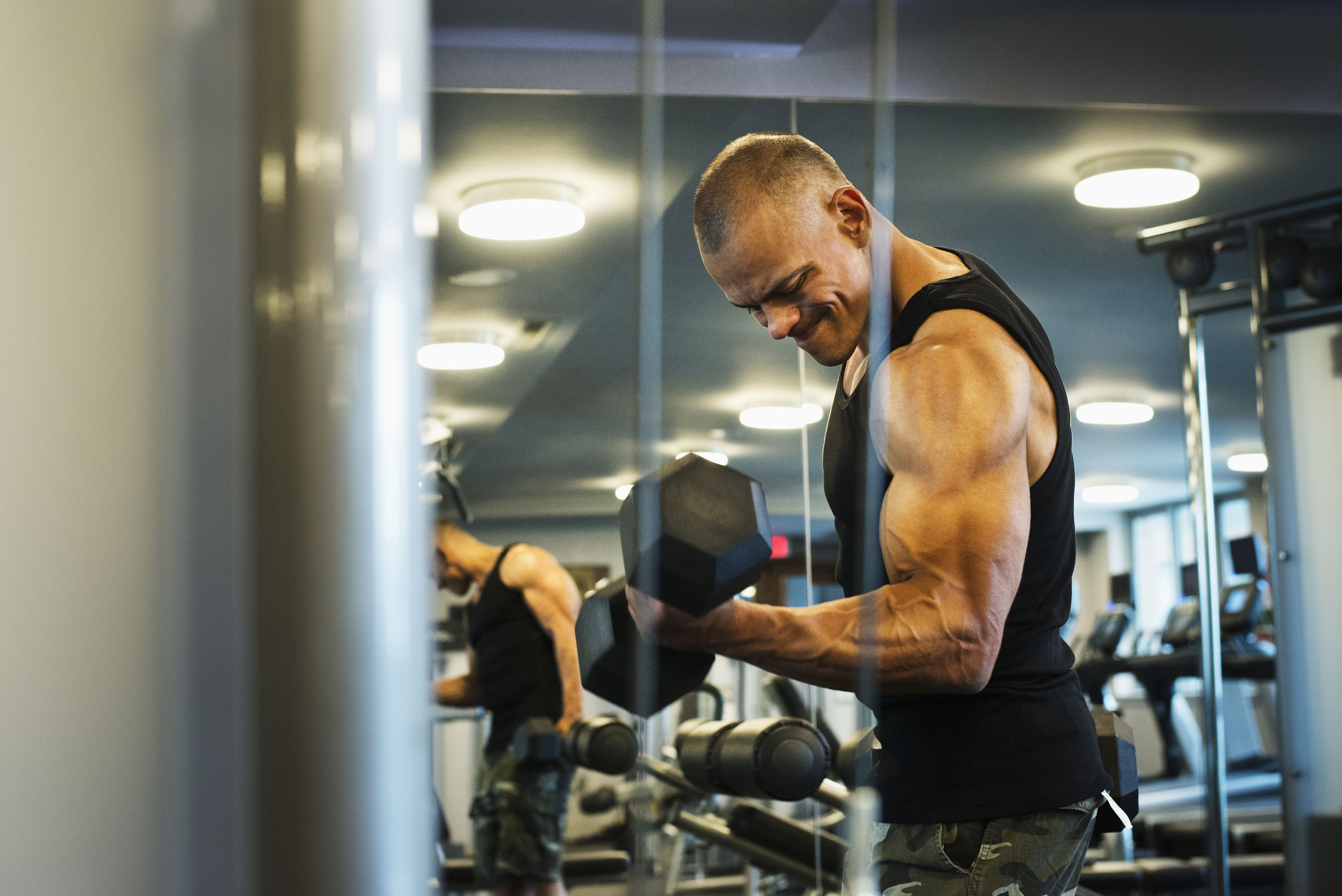 Grunt louder to lift more, says new research