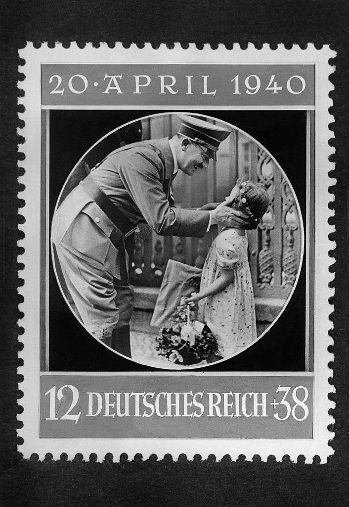 Hitler, Adolf - Politician, NSDAP, Germany*20.04.1889-30.04.1945+Stamp issued at the event of Hitler's birthday - 1940- Photographer: Presse-Illustrationen Heinrich Hoffmann- Vintage property of ullstein bild