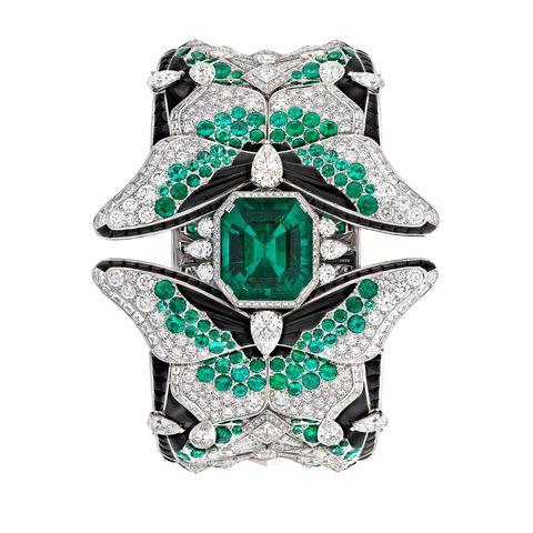 Emerald, Green, Jewellery, Diamond, Fashion accessory, Gemstone, Engagement ring, Platinum, Ring, Silver,