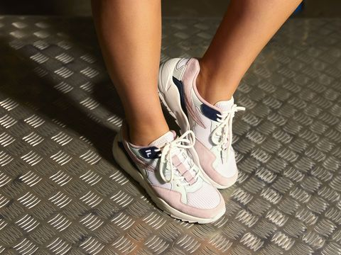Footwear, Shoe, Ankle, Leg, Human leg, Plimsoll shoe, Joint, Calf, Sneakers, Foot,