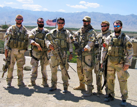 murphy far right in afghanistan in 2005 with fellow navy seals