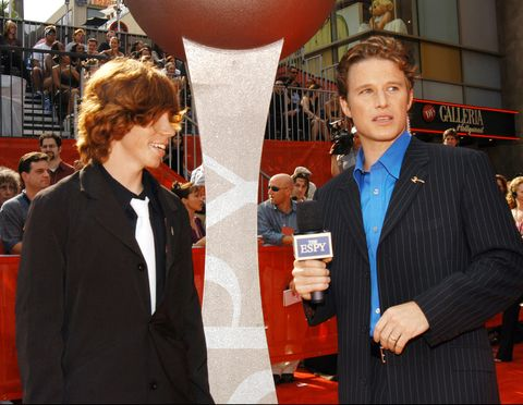 snowboarder shaun white and billy bush photo by kmazurwireimage for espn