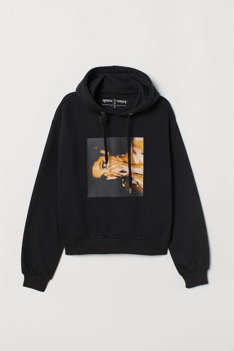 Clothing, Hoodie, Outerwear, Hood, Black, Sweatshirt, Sleeve, Jacket, Zipper,