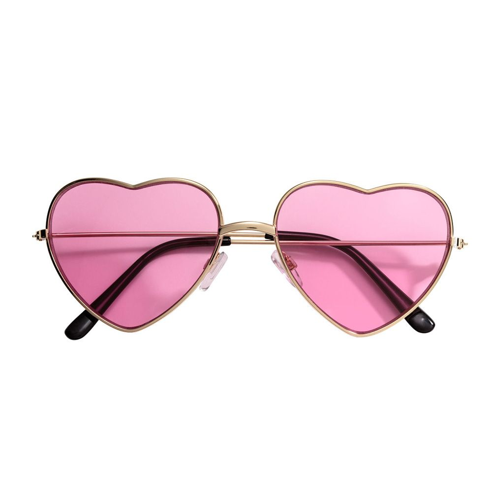 bf4c42edb9f 10 Cute Heart Shaped Sunglasses for 2018 - Best Heart Sunglasses