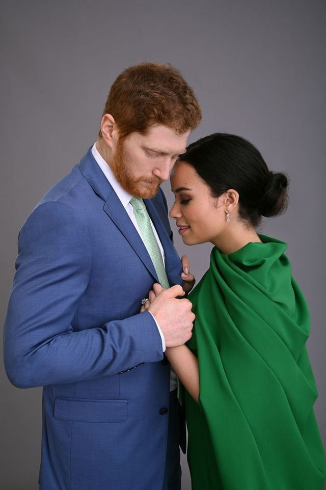 harry and meghan escaping the palace
