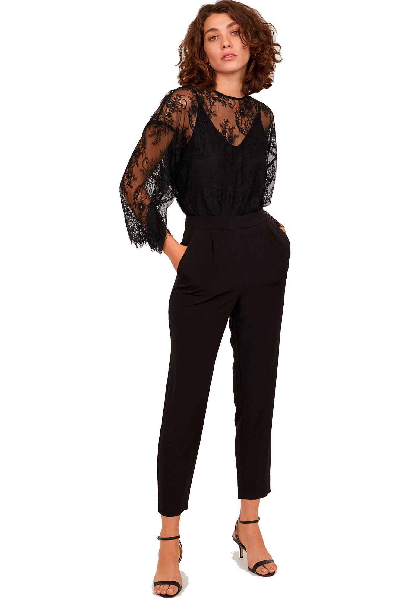 ahorrar estilo moderno más tarde H&M bate su propio récord de ventas con este mono negro ...