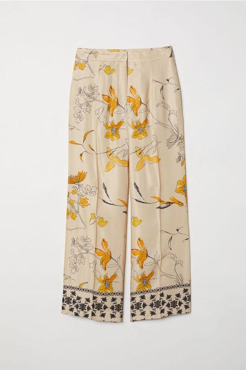 Clothing, White, Yellow, Shorts, Active shorts, Waist, Wildflower,