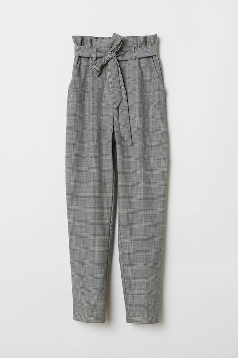 Clothing, Plaid, Pattern, Trousers, Design, Active pants, Sportswear, Textile, Pocket, Pajamas,