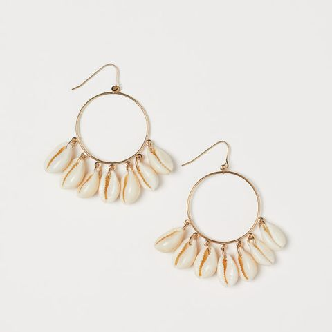 Jewellery, Earrings, Product, Fashion accessory, Body jewelry, Amber, Natural material, Beige, Metal, Gold,