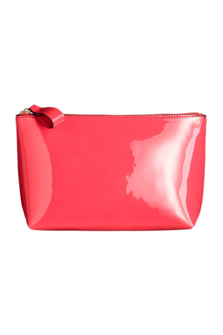 8451e1026a31 17 Cute Makeup Bags – The Best Makeup and Cosmetic Bags for You ...