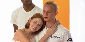 Lenny en Nick van Holland's Next Top Model moeten huilen tijdens de eliminatie van Sam
