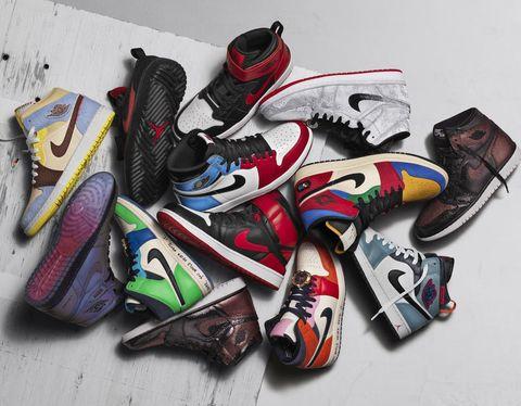 Footwear, Font, Shoe, Graphic design, Graffiti, Carmine, Illustration, Art, Colorfulness, Plastic,