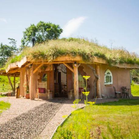 hobbit hideaway, moray, scotland