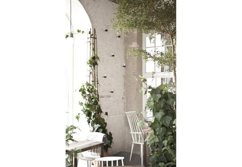 Leaf, Home, Outdoor furniture, Arch, Balcony, Porch, Armrest, Patio,