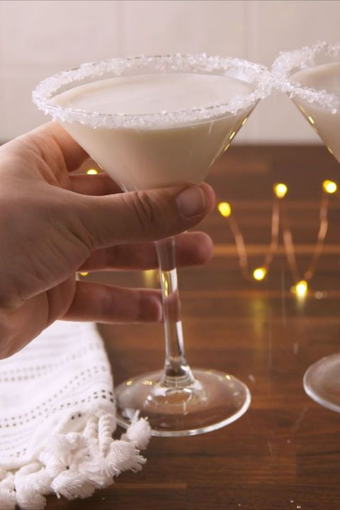 30 Best Christmas Cocktails Easy Recipes For Christmas Drinks