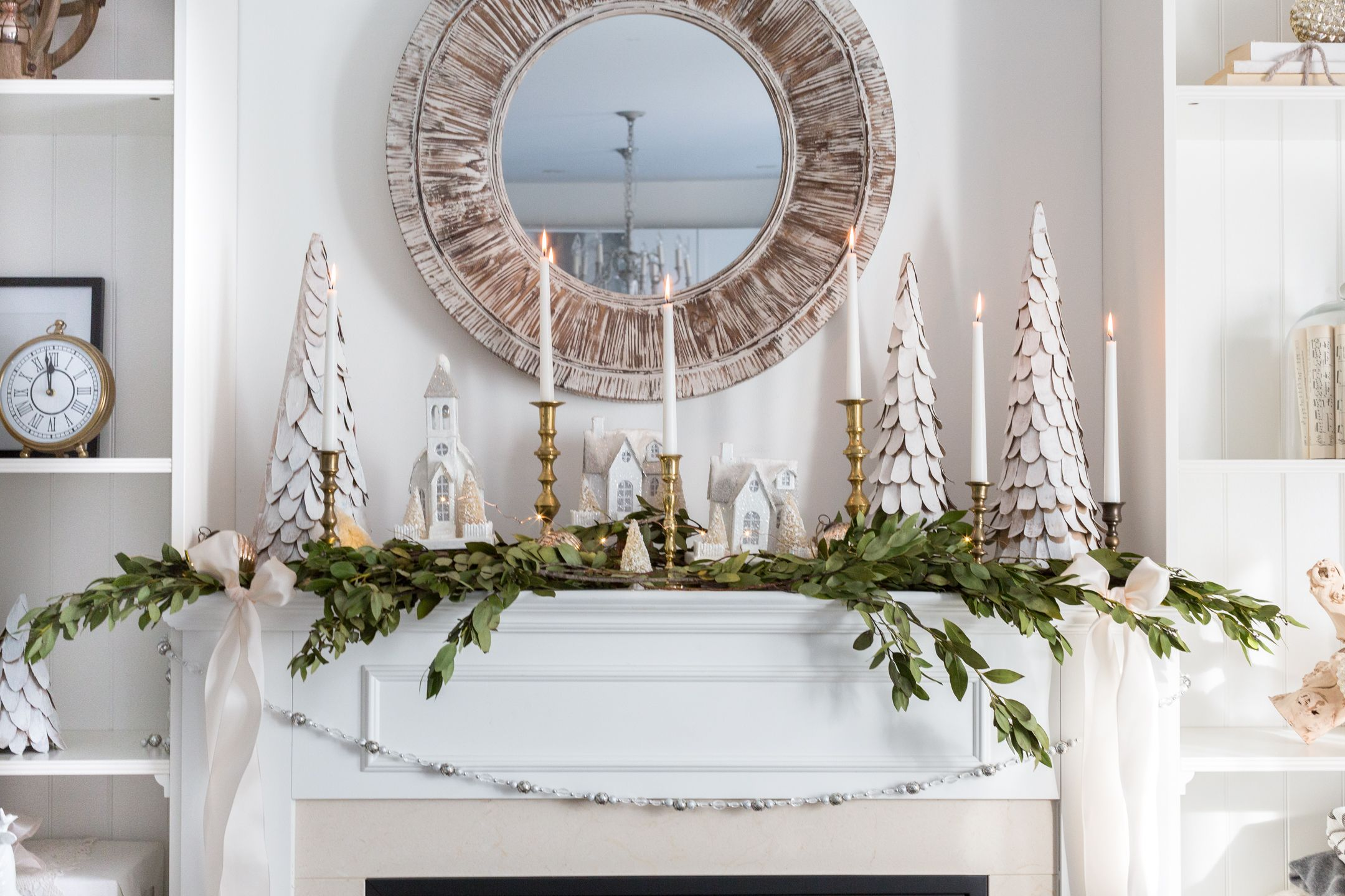 27 Easy Christmas Home Decor Ideas - Small Space Apartment ...