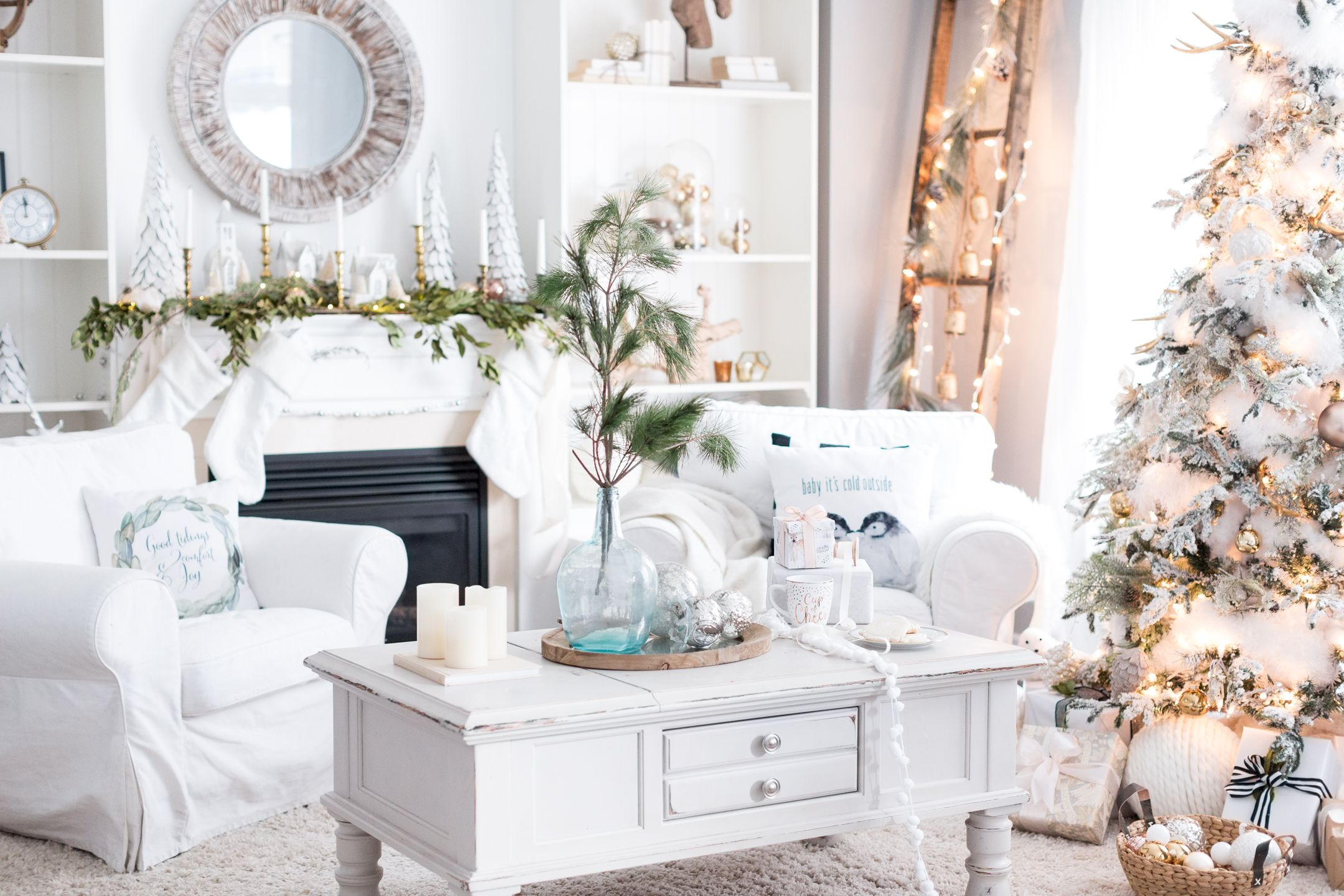 Decorating Small Christmas Tree Ideas & Interior Design U2013 How To ...