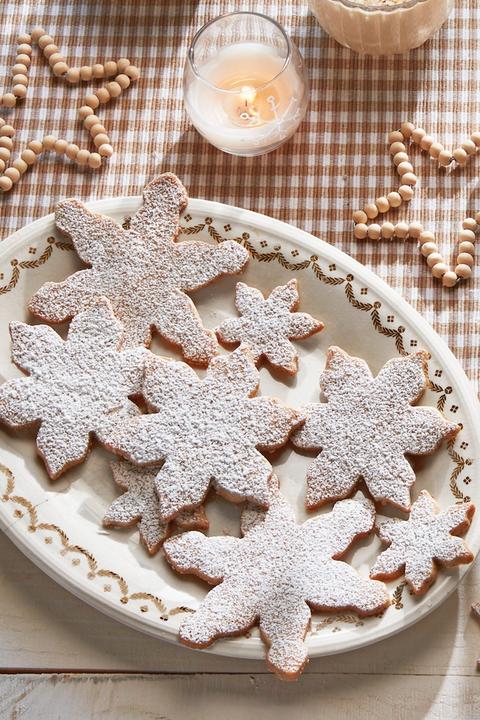 holiday dessert pecan snowflake cookies