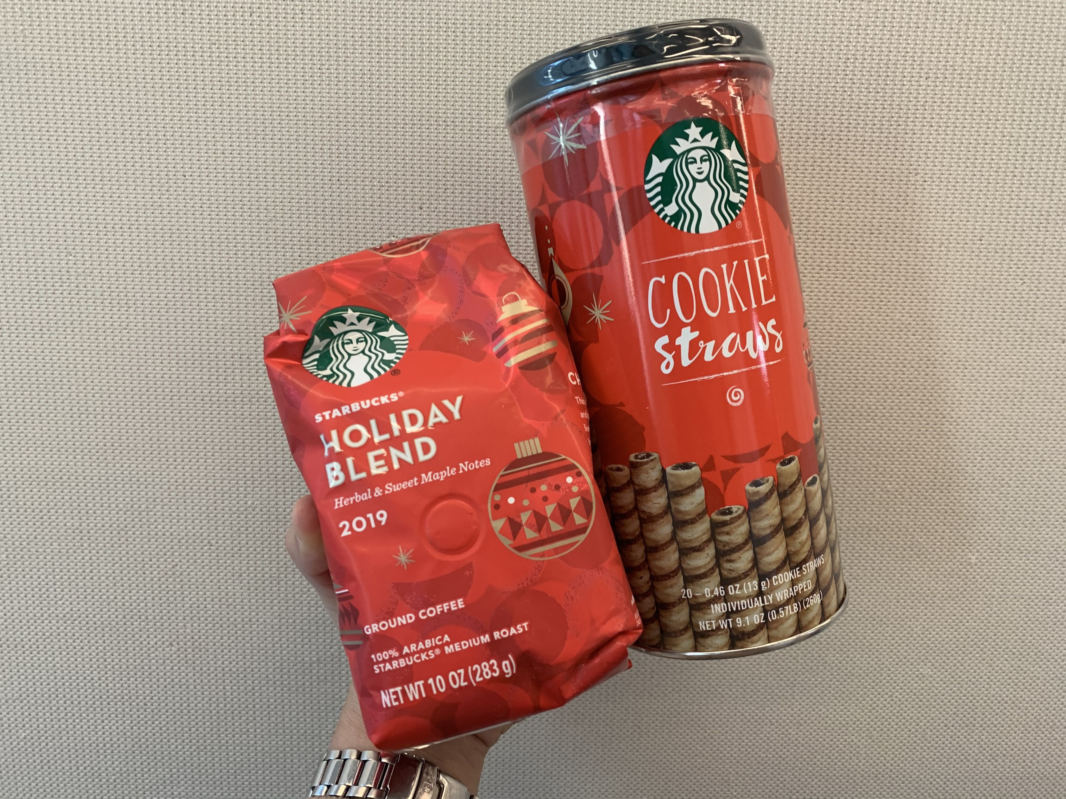 Christmas Starbucks Drinks 2019.Starbucks 2019 Holiday Blend K Cups And Coffees Are Back In