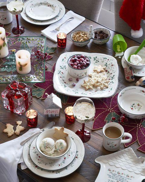 Food, Table, Porcelain, Tableware, Textile, Dishware, Tablecloth, Brunch, Teacup, Furniture,