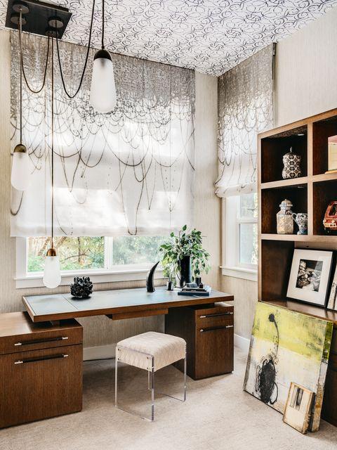 Room, Interior design, White, Furniture, Black, Wall, Living room, Floor, Ceiling, Property,