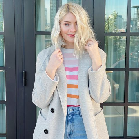 holly willoughby's spring pastel outfit is perfection   and we need her £15 stripy ms jumper