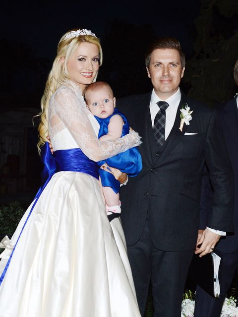 Holly Madison Wedding.Holly Madison Is Divorcing Husband Pasquale Rotella After 5 Years Of