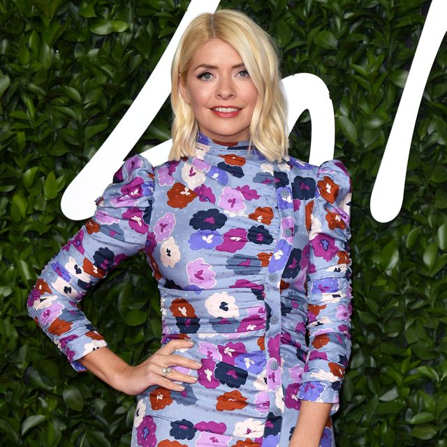 holly willoughby spring blouse