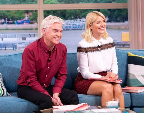 Holly Willoughby wears Dorothy Perkins red skirt