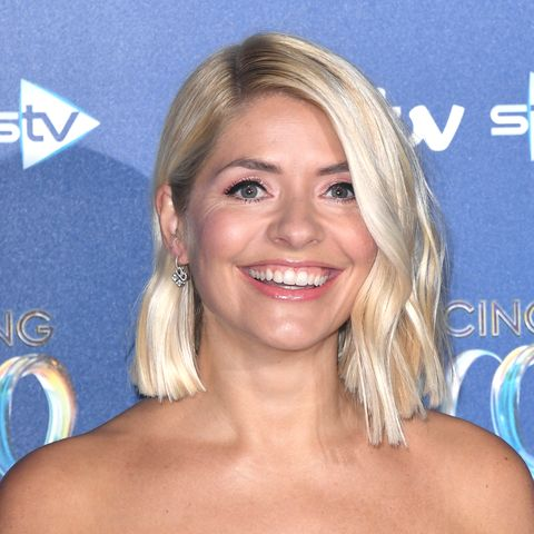 Holly Willoughby hair