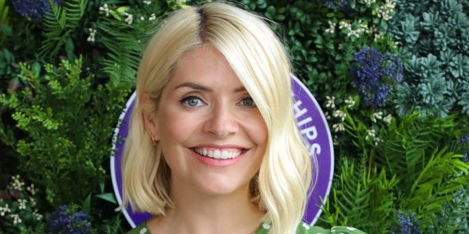 Holly Willoughby's green midi skirt is so stylish for autumn