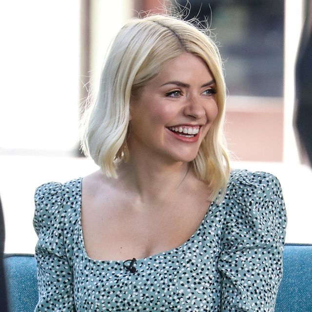 holly willoughby long sleeve cashmere knit